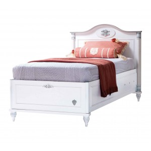 Romantic Bed With Base